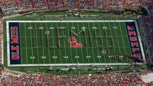 ole-miss-rebels-football.jpg