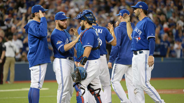 Blue Jays beat Royals 7-1 in Game 5, stay alive in ALCS - IMAGE