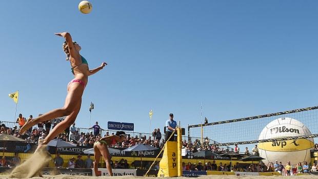 0-lead-avp-seattle-beach-volleyball-RB7_8093.jpg