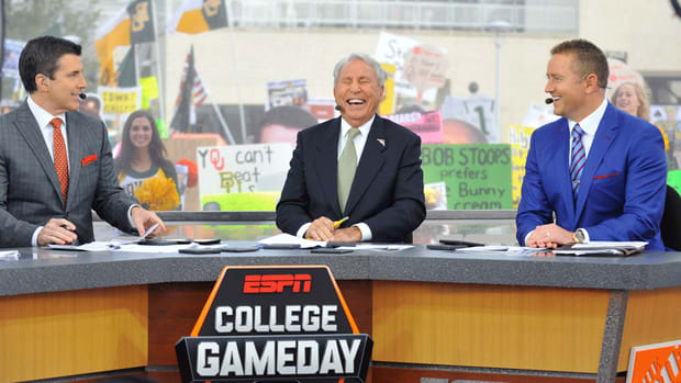 college-gameday-media-circus.jpg