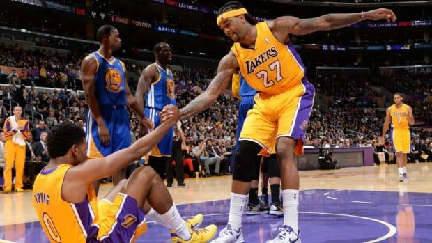 Lakers' Jordan Hill jokes that he dated Iggy Azalea before Nick Young