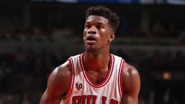 Bulls G Jimmy Butler says Fred Hoiberg could coach team harder -- IMAGE
