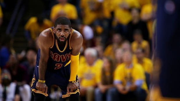 Cavaliers PG Kyrie Irving out for Finals with fractured kneecap IMAGE