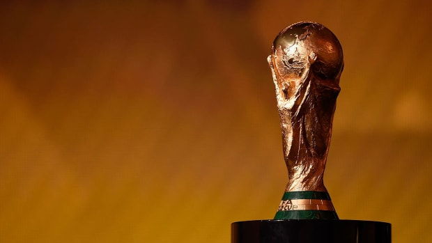 FIFA compliance official: Russia, Qatar could lose World Cups if bribery found IMAGE