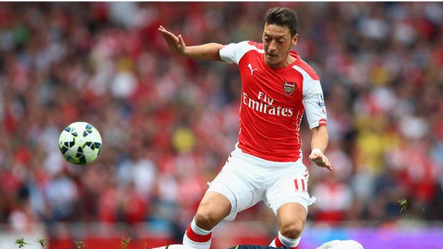 Arsenal midfielder Mesut Ozil to miss seven more weeks