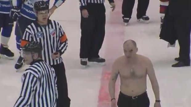 russian_hockey_vhl_coaches_fight_tca_izhstal.png