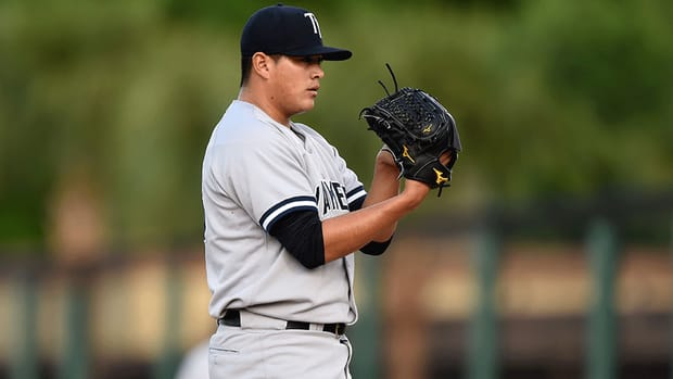Manny Banuelos Yankees traded to Braves