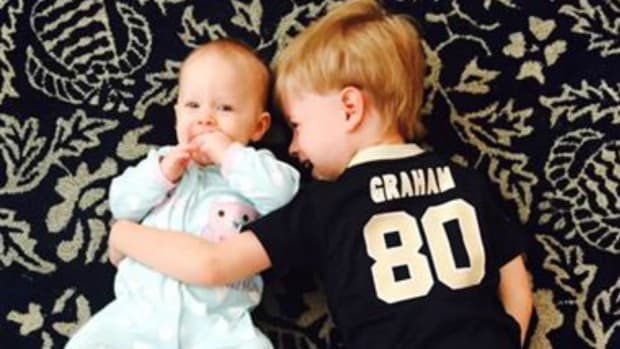 Drew Brees posts photo of his son in Jimmy Graham Jersey