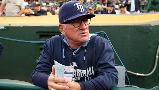 New Rays manager Kevin Cash on trying to replace Joe Maddon - Image