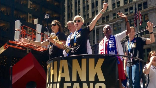 uswnt-parade-nyc-photos.jpg