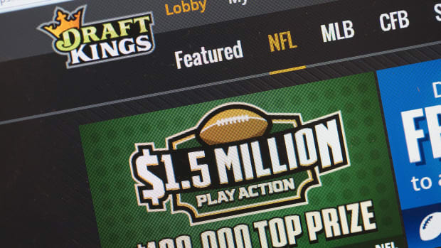 draftkings-fanduel-illegal-gambling-illinois.jpg