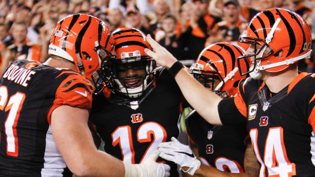 Cincinnati Bengals defeate Cleveland Browns 31-10, improve record to 8-0 -- IMAGE