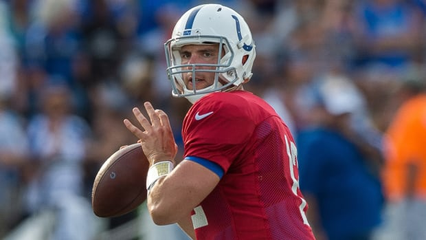 Andrew Luck isn't worried about his lack of receiving options IMAGE