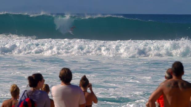bethany-hamilton-surfing-wsl-lower-trestles-960.jpg