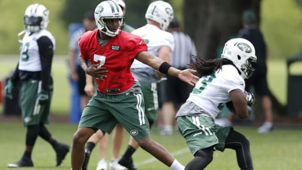Position battles to watch during NFL training camp IMAGE
