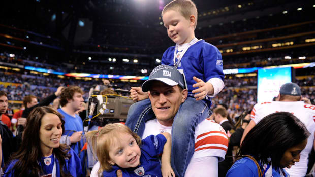 steve-weatherford-touching-farewell-video.jpg