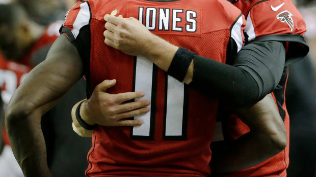 falcons-julio-jones-hamstring-injury-out.jpg