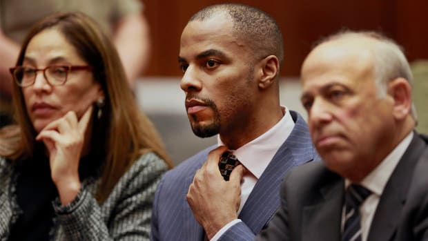 Darren Sharper pleads guilty to raping three women IMAGE