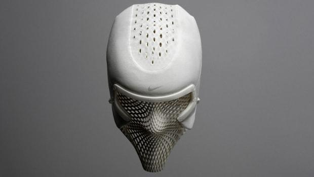 nike-coooling-mask-ashton-eaton.jpg