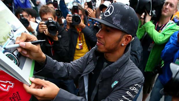 Lewis-Hamilton-Clive-Rose.jpg