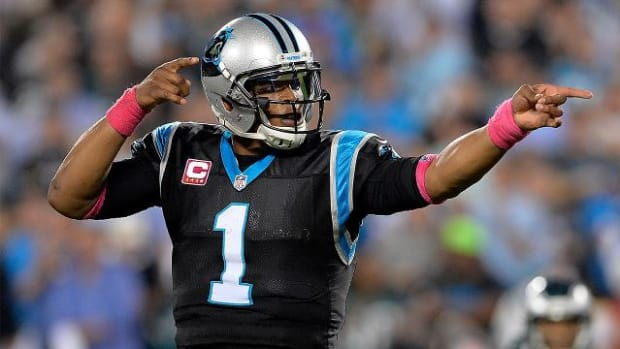 Panthers stay undefeated, beat Eagles 27-16 - IMAGE
