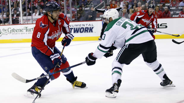 alex-ovechkin-breaks-fedorov-record-russian-goals-960.jpg