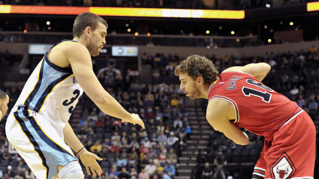 Pau Gasol and brother Mark will both start NBA All-Star Game