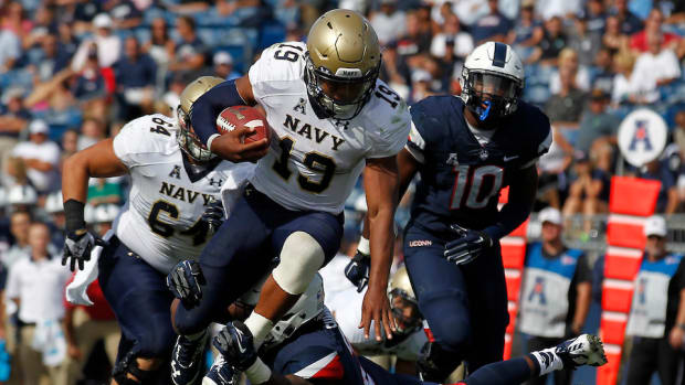 navy-keenan-reynolds-injury.jpg