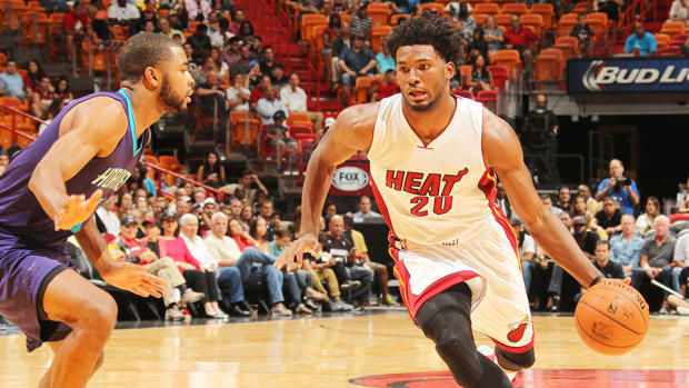 justise-winslow-dunk-miami-heat-charlotte-hornets.jpg