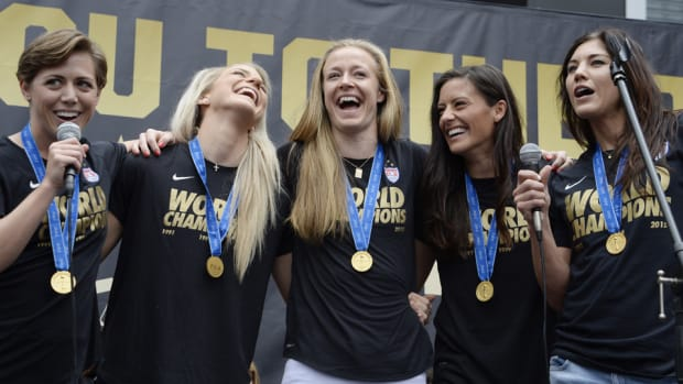 uswnt-world-cup-parade-new-york-city-watch.jpg