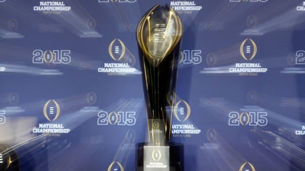 college-football-playoff-stipend