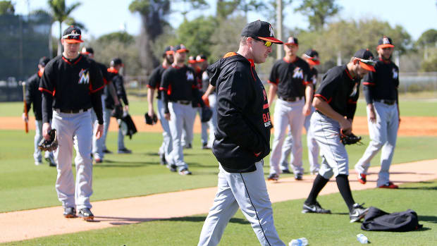 Marlins manager Mike Redmond addresses the hype surrounding Miami in 2015-image