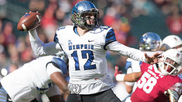 2016-nfl-draft-prospects-college-bowl-schedule-paxton-lynch.jpg