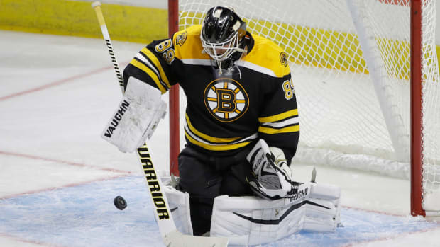 boston-bruins-sign-jonas-gustavsson.jpg