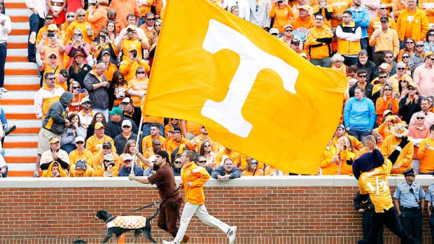 tennessee-jarrett-guarantano-commits-recruiting.jpg