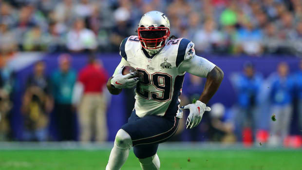 patriots-legarrette-blount-training-camp.jpg