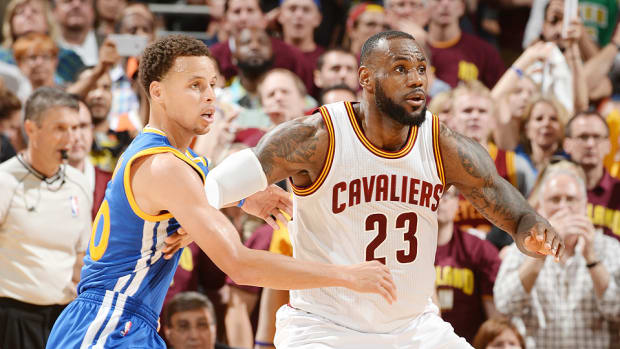 stephen-curry-warriors-lebron-james-cavaliers-nba-schedule-release-2015-16.jpg