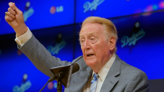 vin-scully-returns-67-season-los-angeles-dodgers