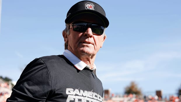 Steve Spurrier considered retiring after 2014 season