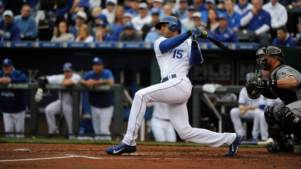 alex-rios-fractured-hand-royals.jpg