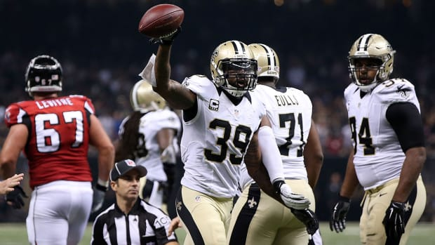 Saints hand Falcons first loss of season to improve to 2-4 -- IMAGE