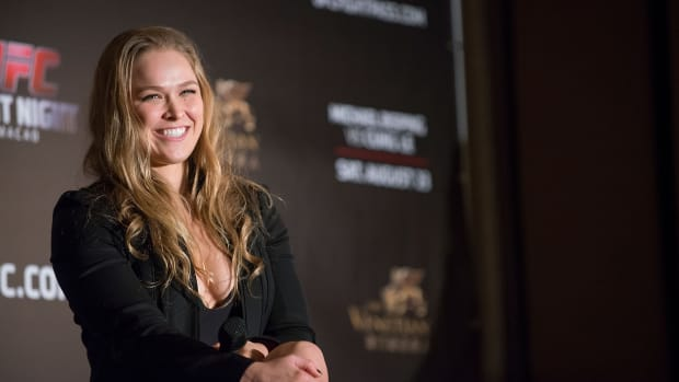 UFC fighter Ronda Rousey to star in 'Road House' remake IMAGE