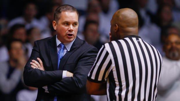butler bulldogs coach chris holtmann contract extension