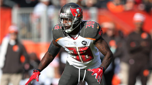 dashon-goldson-redskins-trade.jpg