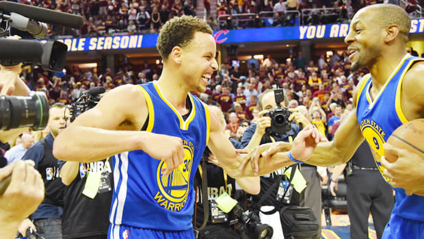 stephen-curry-golden-state-warriors-top-10-moments-of-2015.jpg