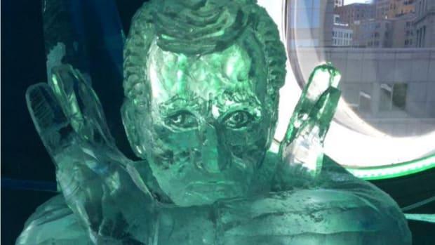 patriots-roger-goodell-ice-sculpture.jpg