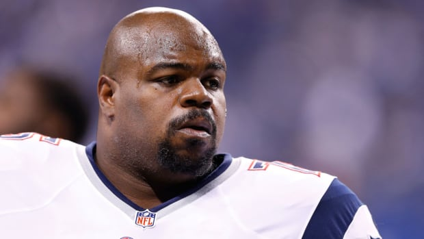 patriots vince wilfork car accident helps