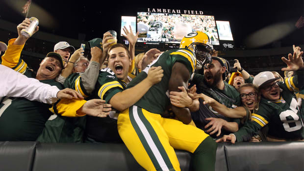 Packers Exact Revenge on Seahawks with 27-17 win - IMAGE