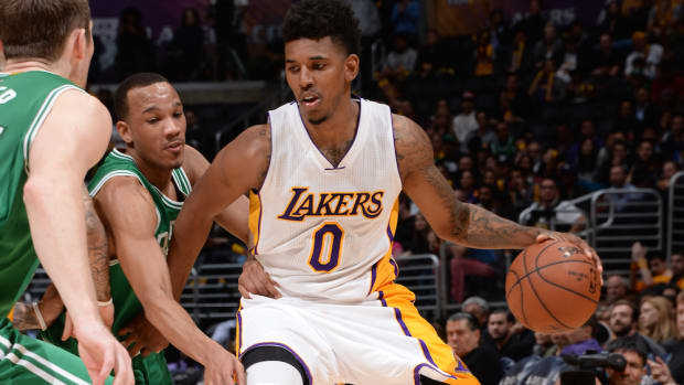nick young injury los angeles lakers