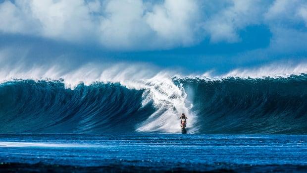 robbie-maddison-pipe-dream-moto-surfing-960.jpg